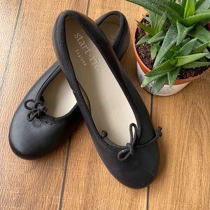Start lite, new shoes for girls